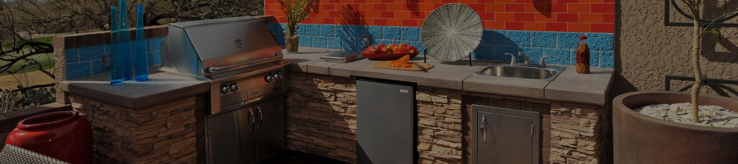 Easy-to-Create Outdoor Kitchen Styles