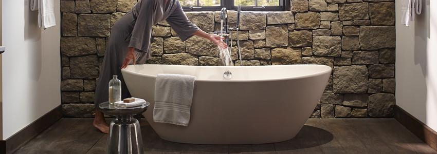 spa-experience-5-spa-tub.jpg